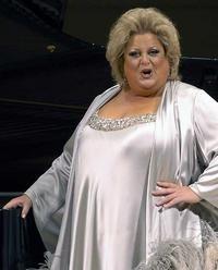 Why were opera singers fat?