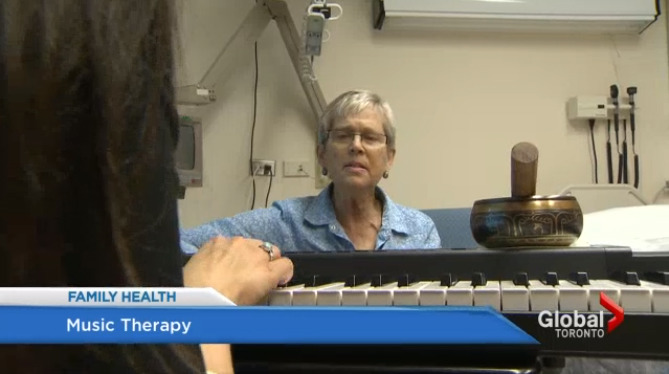 Music therapy may reduce anxiety more than drugs before surgery