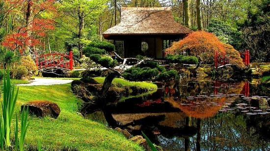 A Walk in a Japanese Garden<br/>Tōru Takemitsu