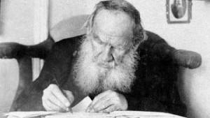 Leo TolstoyCredit : http://www.logoi.com/