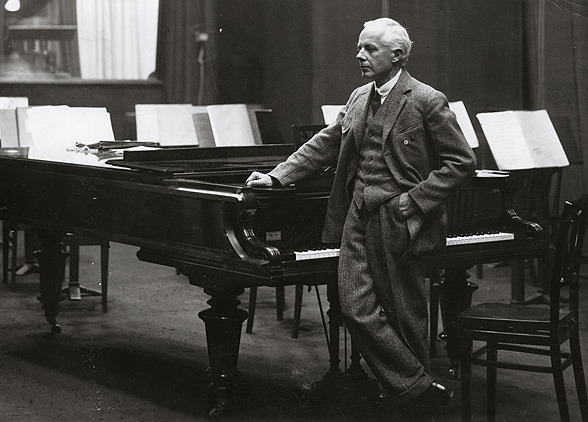 Playing in Pairs: Bartók's <em>Concerto for Orchestra</em>