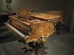 ornate-grand-piano