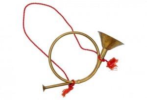 Metal hunting horn