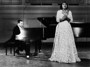 Marian Anderson sang in front of the Lincoln MemorialCredit: http://www.firstladies.org/