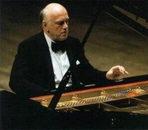 Sviatoslav RichterCredit: http://www.luventicus.org/