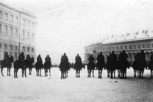 Armed and mounted cavalry before the Winter Palace on 9 January 1905