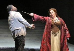 Angela Meade gets Russell Thomas' attention in Norma