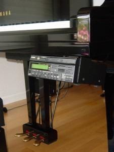 Player and control unit of Yamaha Disklavier Mark III
