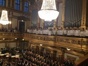 The-Vienna-Boys-Choir-performing
