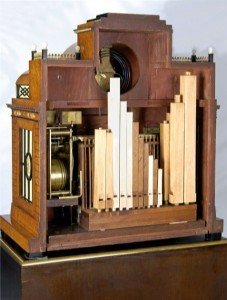 Musical organ clock