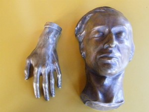 Chopin's hand and deathmask