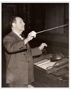 korngold_conducting_1944-bc_forbes640