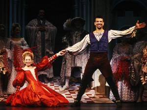 Marin Mazzie (Kate) and Brian Stokes Mitchell (Petruchio) in Kiss Me, Kate (Broadway, 1999)