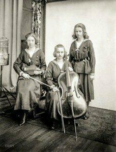 The Hilger sisters: Maria, Elsa Greta