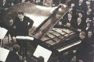 Wittgenstein  premiering Schmidt's Concerto for the left hand, Feb 1935
