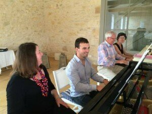 Pianists at play - adult amateur pianists on a summer piano course a La Balie in France