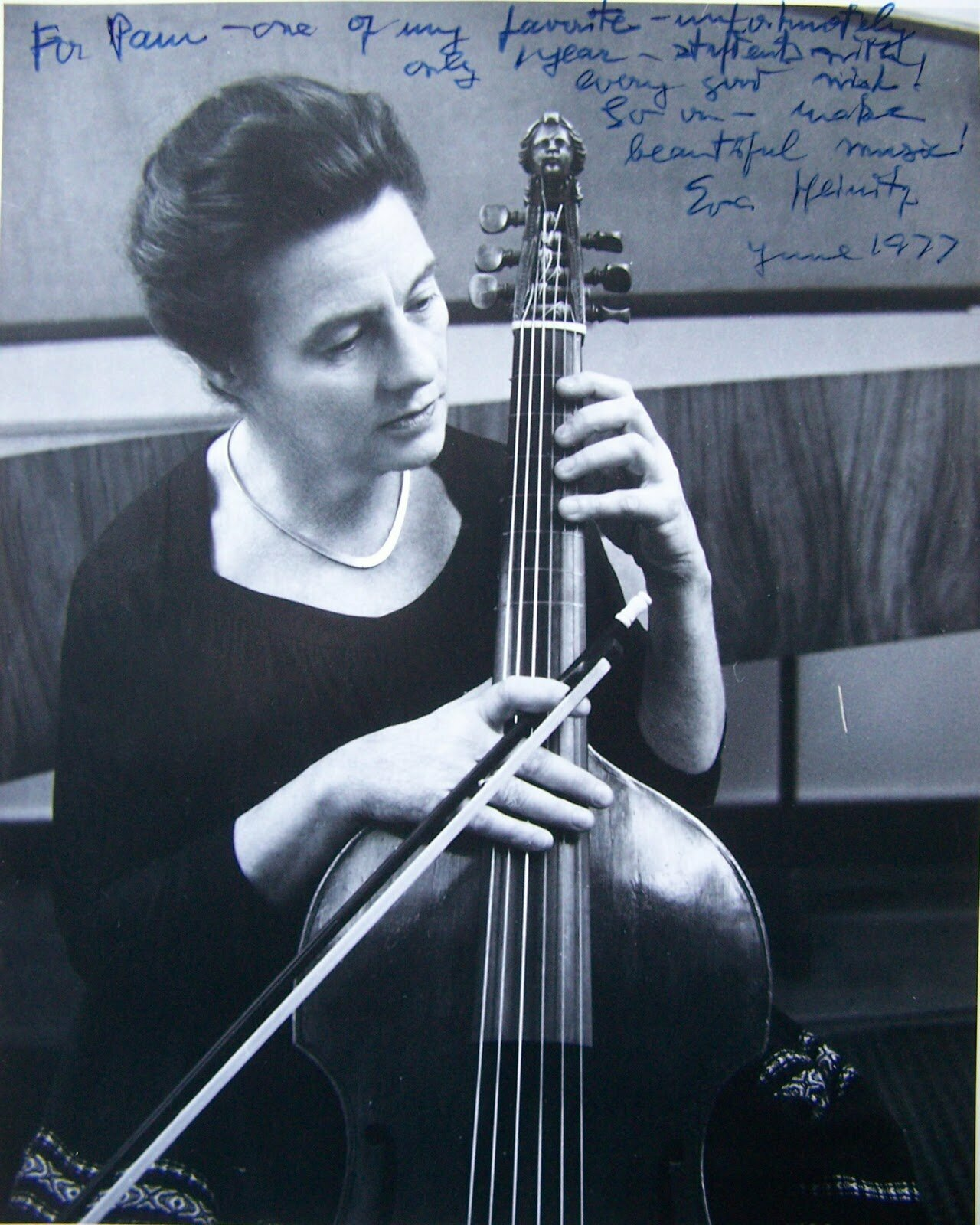 Forgotten Cellists: Eva Heinitz