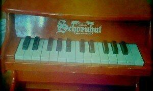 Schoenhut toy piano ( Andrew Malone)
