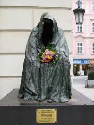 Don Giovanni Statue in Prague
