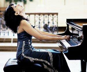 Tanya Ekanayaka at the piano