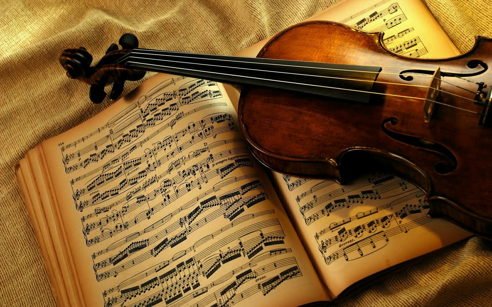 Your Guide to Adoring Classical Music <br/>Works for Large Ensemble