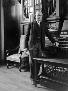 Marcel Dupré and his organ in Meudon