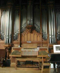 Organ constructed by Aristide Cavaillé-Coll in Meudon