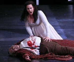 Donna Anna and the body of her newly slain father, The Commendatore (Met Opera, 2016)