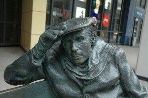 Statue of Glenn Gould