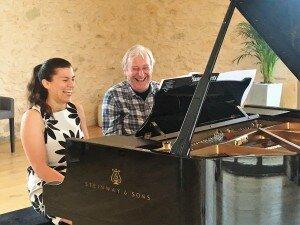 Amateur pianists at La Balie, France