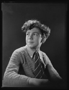 Master Richard Farrell, 15 June 1940, Wellington, by Spencer Digby Studios. Spencer Digby / Ronald D Woolf Collection. Gift of Ronald Woolf, 1975. Te Papa (C.024213)