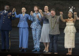 Idomeneo 2019 · Final Applause: Russell Thomas (Idomeneo), Ying Fang (Ilia), Paula Murrihy (Idamante), Nicole Chevalier (Elettra), Peter Sellars (Director), Brittne Mahealani Fuimaono (Dancer) © SF/Ruth Walz
