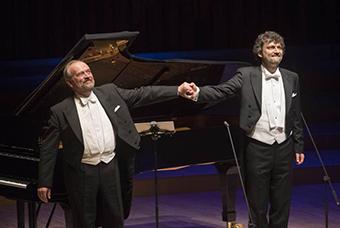 Jonas Kaufmann performing Schumann with Helmut Deutsch