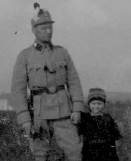 Webern with Mali, 1915 July