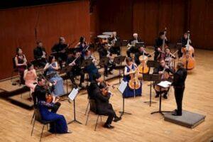 City Chamber Orchestra of Hong Kong and Kirill Troussov