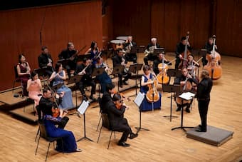 City Chamber Orchestra of Hong Kong and Kirill Troussov