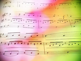 Music & Colours <br></noscript><img class=