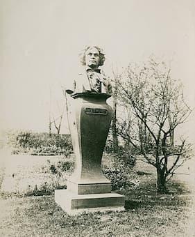 Monumental Beethoven
