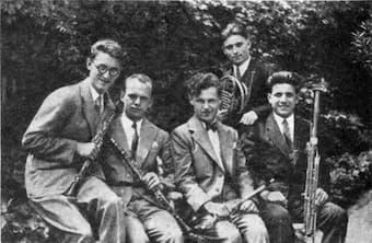 The Prague Wind Quintet, c. 1931 (from left to right: Václav Smetáček, oboe; Vladimír Říha  clarinet; Rudolf Hertl, flute; Otakar Procházka, horn; Karel Bidlo, bassoon)