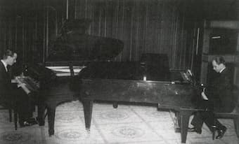 Piano duo: Roman Maciejewski (on the right) and Kazimierz Kranc during the performance of the Concerto for Two Pianos. Paris, March 25, 1936.