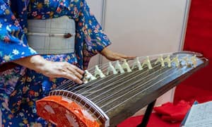 Koto, Japanese folk instrument